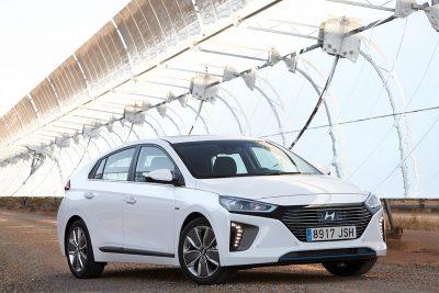 09. Hyundai IONIQ híbrido.